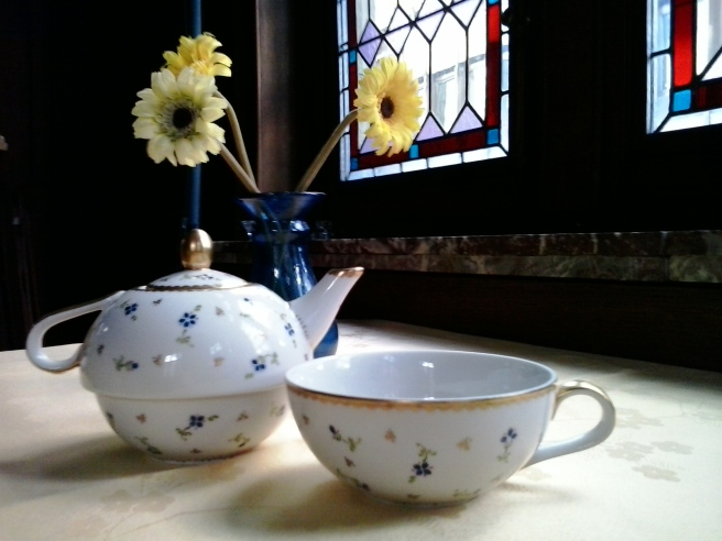 My hand-painted Nyon porcelain tea-for-one set, given to me by my dear friend Anne-Marie